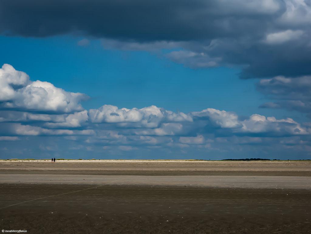 Sand, Strand, Blau, Himmel, Wolken, Liebespaar, Licht, Weiß